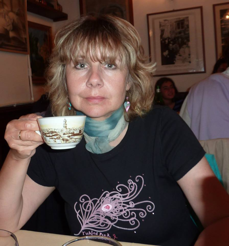 Yva s šálkem dobrého čaje - Florencie